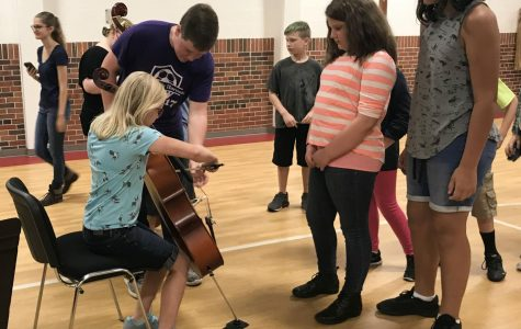 Starting Small: Hornet Orchestra Tours Elementary Schools