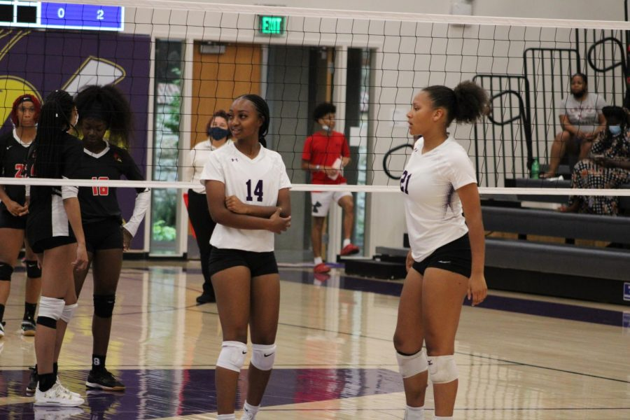Stepping Stones: NKC volleyball falls to Truman